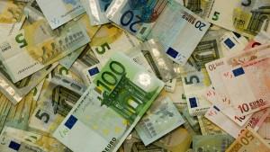 Na slovenskom trhu existuje viacero poskytovateľov SMS pôžičky
